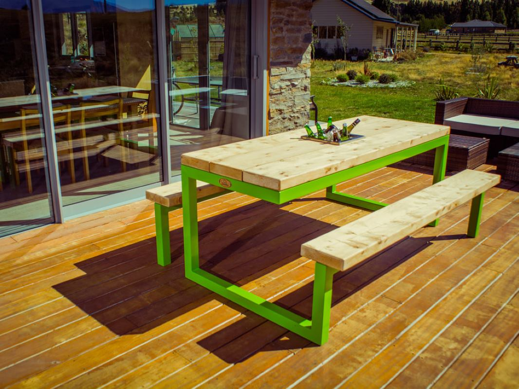 Green Outdoor Table
