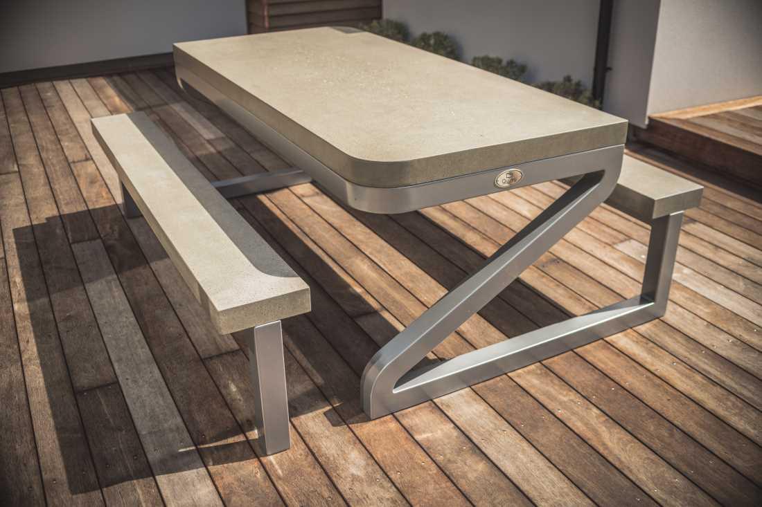 Zed Outdoor Table